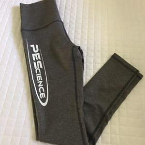 PEScience Gray Sport Leggings, Logo - Sz M - NEW